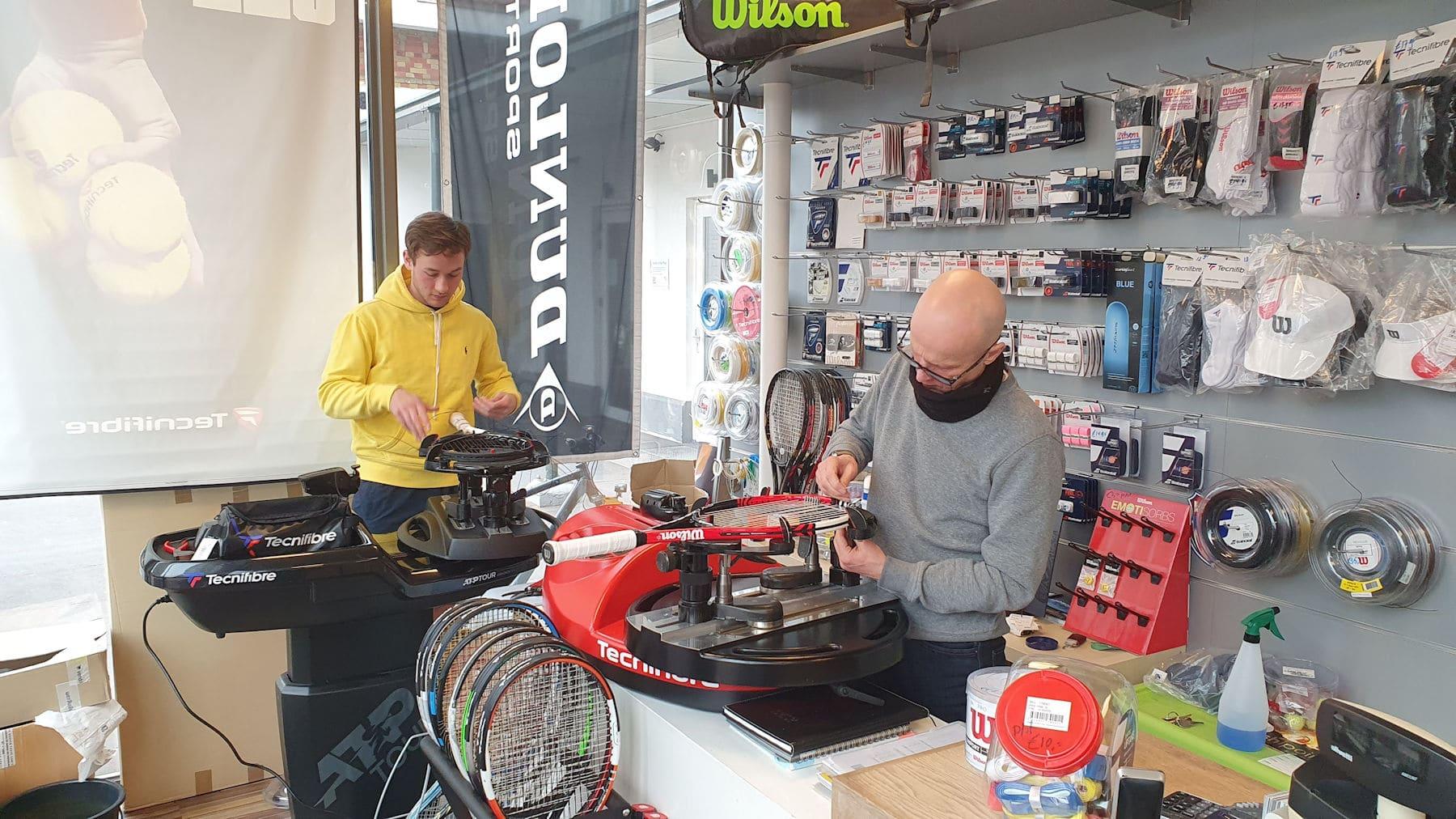 Racketshop de Bataaf - 24 uurs Bespanservice